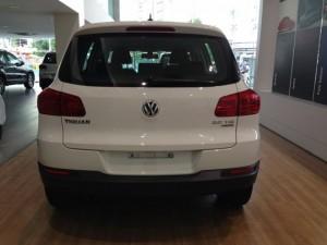 Volkswagen New Tiguan 2.0L TSI trắng
