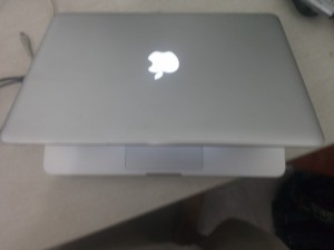 MacBook Pro Mc700 Core I5 Xách Tay USA