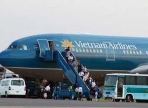 Xe đưa đón khách sân bay Sao Vàng