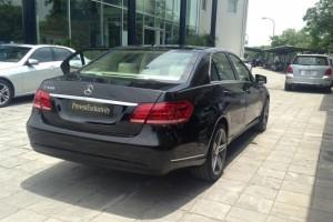 Mercedes-Benz E400 màu đen