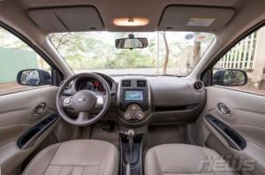 Nissan sunny được trang bị nội thất rộng rãi, sang trọng  Nút điều chỉnh tích hợp trên vô lăng, màn hình hiển thị đa thông tin, tay nắm cửa mạ crôm, hệ thống âm thanh 6loa