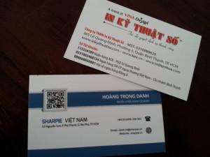 nếu bạn là một doanh nhân , trước khi bắt đầu công việc kinh doanh thì việc đầu tiên bạn nên làm là cần có ngay một chiếc name card.