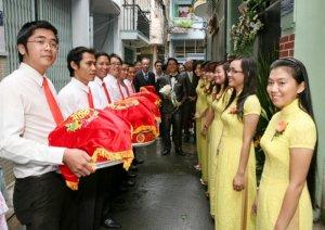 Giới thiệu dịch vụ bưng quả Anh Khoa tại Sài Gòn, TPHCM