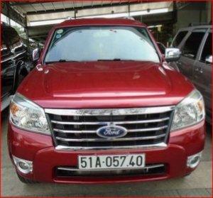 Ford Everest 2010 - màu đỏ
