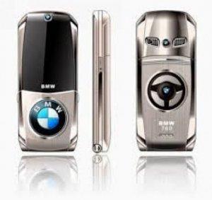 Điện thoại BMW 760 nắp bật, vỏ kim loại