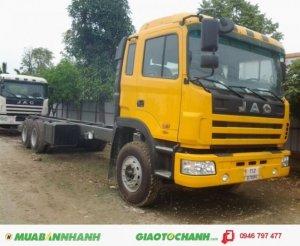 Đại lý bán xe tải Jac 3 chân 2 cầu 1 dí máy 260HP 13 tấn thùng mui bạt giá rẻ nhất