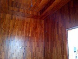 Trần và ốp tường gỗ Căm xe