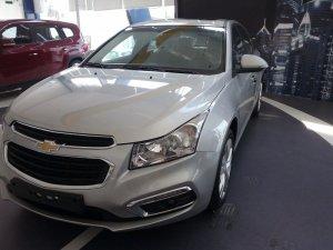 Chevrolet Cruze ltz khuyến mãi về giá và quà...