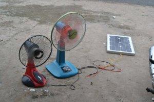Quạt gió năng lượng mặt trời