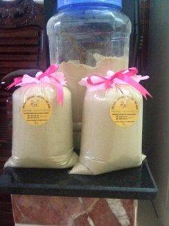 Dầu dừa, cám gạo, bột nghệ, bột trà xanh nguyên chất