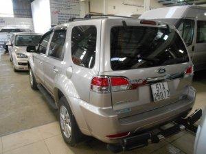 Bán gấp Ford Escape 4x2 XLS ghi vàng sx 2011