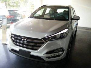 Hyundai Tucson 2017 nhập nguyên chiếc phiên bản full option, ưu đãi cực khủng