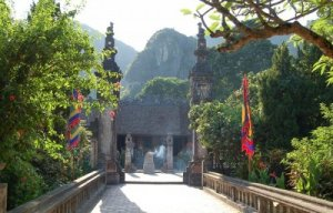 Tour Hoa Lư, Tam Cốc 1 ngày