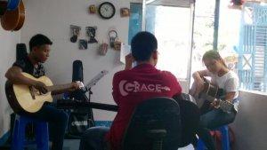 Nơi học đàn guitar giá rẻ ở TPHCM