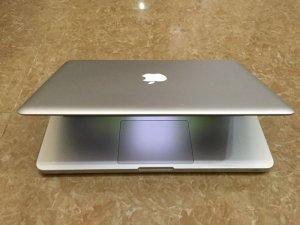 Bán Macbook pro MD313