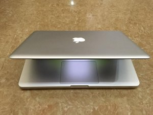 Bán Macbook pro MD313