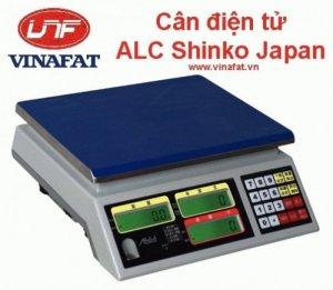 Kích thước cân 230(W)×350(L)×110(H)mm Nguồn điện AC 110V/220V (AC±10%), bình sạc 6V/4A ,bình acquy sử dụng 80H liên tục