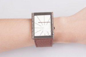 Đồng hồ mặt vuông cá tính ZID9009