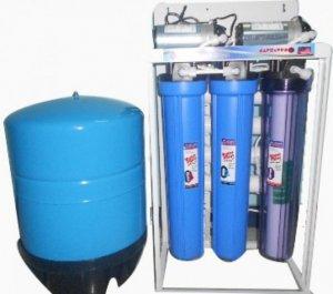 Máy lọc nước tinh khiết RO 40-50 lít /giờ - NP300RO