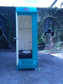 Chuyên cho thuê nhà vệ sinh di động trong thành phố