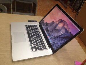 Macbook pro 15 Core i7 MD322 | RAM: 8GB  DDR3 bus 1333Mhz ( còn trống 1 khe để nâng cấp)