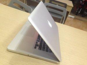 Macbook pro 15 Core i7 MD322 | Màn hình: 15 inch LED-backlit ; độ phân giải cao 1440 x 900  sáng đẹp chuẩn không cần chỉnh