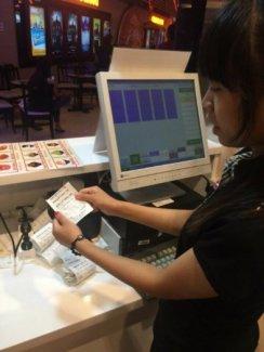 Máy Bán Hàng Pos Được Cài Đặt Phần Mềm Pos Cung Cấp Cho Nhà Hàng Cafe