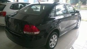 Xe Volkswagen Polo Sedan 1.6L 6AT, màu đen, nhập nguyên chiếc Thương hiệu Đức