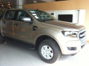 Ford Ranger XLS MT 2.2 MT 4x2 giảm giá lớn chỉ còn 600tr