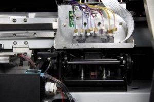 Máy in phun Taimes A180 với hệ thống vòi phun làm sạch: Tự động làm sạch hệ thống, hệ thống tự động độ ẩm. Sấy sơ bộ, hệ thống sấy: Điều chỉnh làm khô. Dữ liệu giao diện: USB 2.0. Nguồn điện, điện áp: AC 100~220V.50HZ/60HZ. Kích thước máy: L2830x W740 x H 1280mm. Kích thước bao bì: L3020x W740 x H 970 mm.