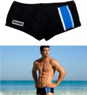quần bơi AussieBum vừa mang đến cho phái mạnh vẻ khỏe khoắn lại vừa kín đáo, thời trang. Được thiết kế hiện đại, chăm chút từng mũi kim đường chỉ tạo độ tinh xảo, sắc nét cùng logo AussieBum cho bạn cảm nhận sự tinh tế, đẳng cấp.