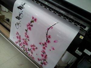 Dù yêu cầu in decal dán trang trí tết với số lượng ít, chỉ một tấm hay số lượng nhiều với nhiều tấm decal, dù kích thước của tấm decal bạn cần là lớn hay nhỏ, chúng tôi Công ty TNHH In Kỹ Thuật Số - Digital Printing đều tiếp nhận yêu cầu và thực hiện in ấn ngay cho bạn.