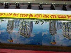 In quảng cáo ngoài trời, in phông nền quảng cáo ngoài trời khổ lớn