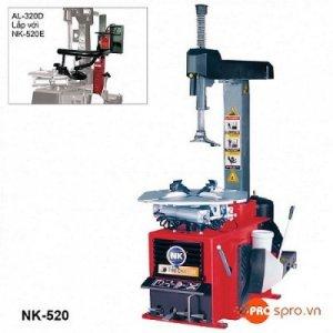 Máy tháo vỏ ô tô kiểu bán tự động NK-520E, máy ra vào vỏ ô tô chuyên dụng
