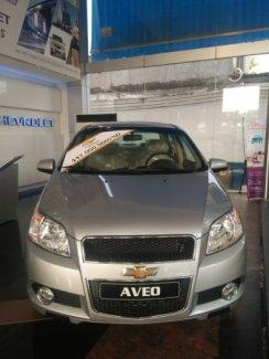 Bán xe Chevrolet AVeo mới dòng xe gia đình giá tốt cho mọi nhà