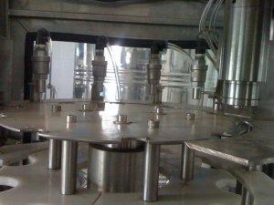 Dây chuyền chiết rót đóng nắp chai pet 330ml,500ml tự động 1000 chai