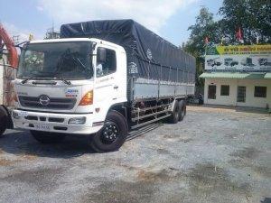 Bán trả góp xe tải Hino FL8JTSA 3 chân thùng dài 7,8m-9.4m trả góp giao xe ngay