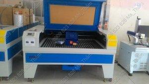Máy cắt lazer 1390 - CNC Thành Long