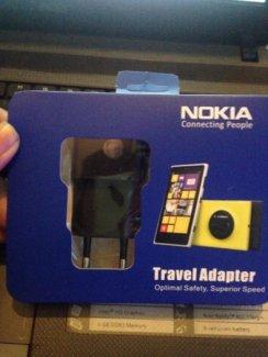 Sạc Nokia AC-20E Chính Hãng Cho Các Dòng Lumia Dây Liền 1.5m