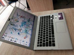 Bán Laptop Sony SVT13116FXZ coi7-3517u(4cpu) Ram 4g/ HDD 320G/MÀN 13.3