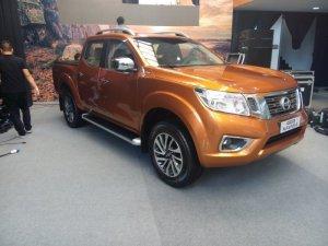 Xe bán tải Nissan Navara NP300 đủ màu giao ngay