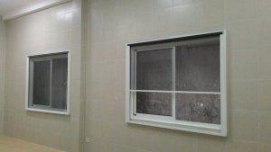 Cửa lưới chống muỗi dạng cuốn. Bảo hành 3 năm - 580k/m2