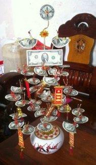 Cây Tiền Tài Lộc xếp bằng 2USD - đem may mắn...
