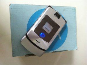 Motorola V3i màu xám mới giá rẻ