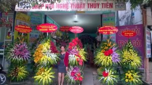 Shop hoa nghệ thuật Thuỷ Tiên Địa chỉ : Số 177a đường Lê Lai –Phường Đông Sơn –TP.Thanh Hoá   E: shophoathanhhoa@gmail.com -