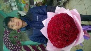 Dịch vụ điện hoa quà tặng Thanh Hóa trân trọng gửi đến quý khách hàng lời cảm ơn chân thành nhất thời gian qua có nhiều quý khách hàng đã sử dụng dịch vụ gửi hoa, tặng quà cho bạn gái, cho vợ, cho mẹ, cho người thân trong gia đình hay cho bạn bè ở xa... Đến với ngày Valentine 2016 năm nay, chúng tôi tiếp tục nhận những đơn hàng điện hoa của quý khách hàng trên cả nước bắt đầu từ ngày 01/02 đến hết 13h ngày 14/02/2016. Hạn chót đặt đơn hàng điện hoa đến 13h ngày 14/02/2016, nhằm đảm bảo thời gian đúng quy trình cho mỗi khách hàng. Điện Hoa Thanh Hóa Shop hoa nghệ thuật Thuỷ Tiên Địa chỉ : Số 177a đường Lê Lai –Phường Đông Sơn –TP.Thanh Hoá   E: shophoathanhhoa@gmail.com