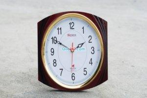 Đồng hồ treo tường in logo công ty làm quà tặng khách hàng