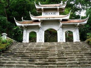 Ba Bể - Cao Bằng - Pac Pó - Thái Nguyên (4N3Đ)