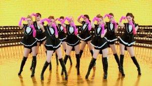 Dạy nhảy hiện đại tại nhà