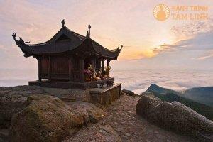 Tour Yên Tử - Chùa Ba Vàng 1 ngày